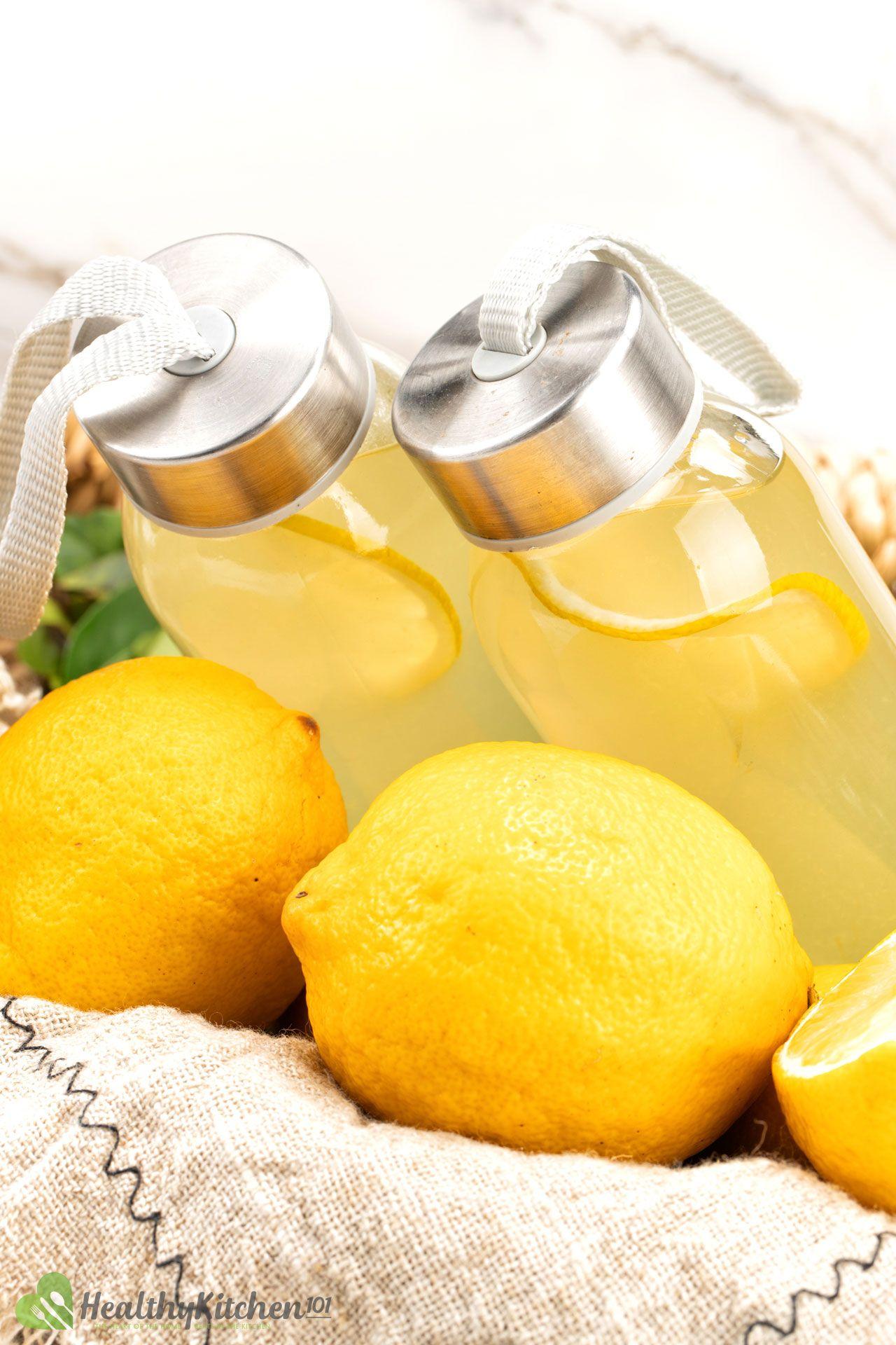 How to Make Lemonade With Lemon Juice