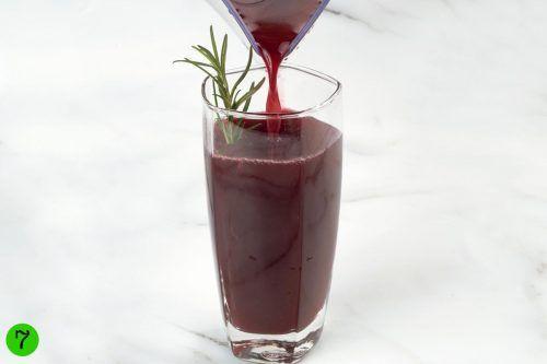 step by step Pomegranate Blueberry Juice Recipe