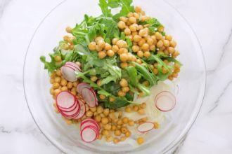 step 5: Mix the salad