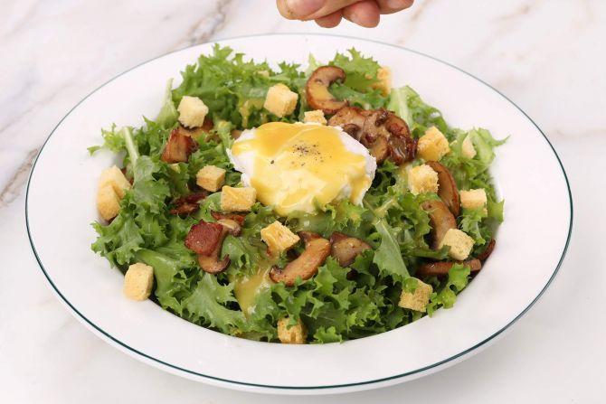 step 6: assemble the salad