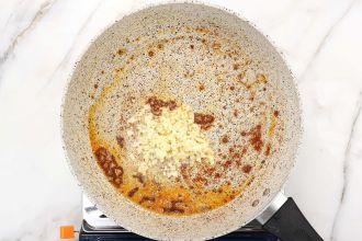 Step 3: Sauté the garlic.